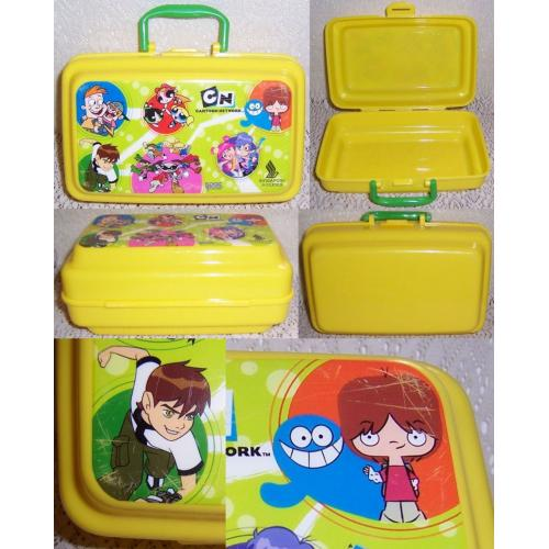 Singapore Airlines Plastic YELLOW LUNCH Snack BOX - Cartoon Network Characters on Lid - Ben 10 / Powerpuff Girls / etc
