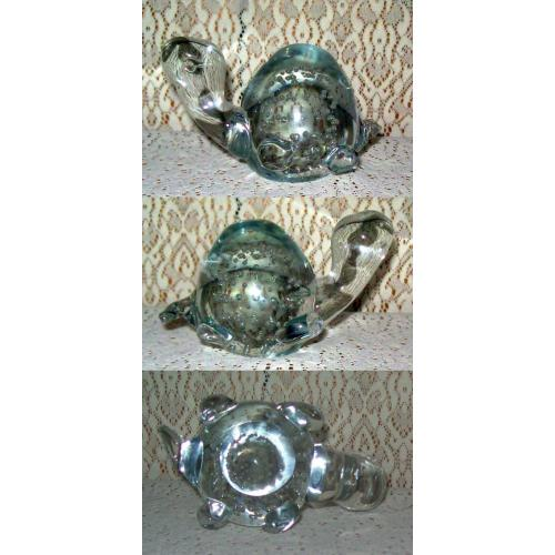 Vintage 1970s Clear GLASS TORTOISE ORNAMENT PAPERWEIGHT with Suspended Bubbles