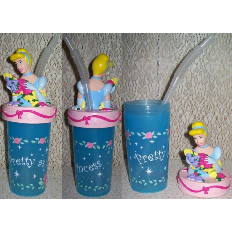 Disney PRINCESS CINDERELLA SIPPER DRINK CUP / MUG with Screw On Lid and Straw
