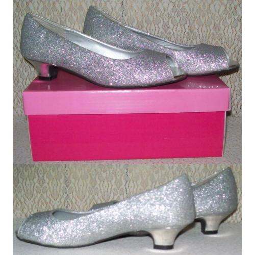 OBSESSED SILVER TINSEL SHOES - Sylvia - Open Toe - Small Heel - Girls Size 4 - In Box