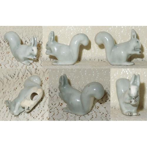 VINTAGE WADE Ceramic GREY SQUIRREL FIGURINE